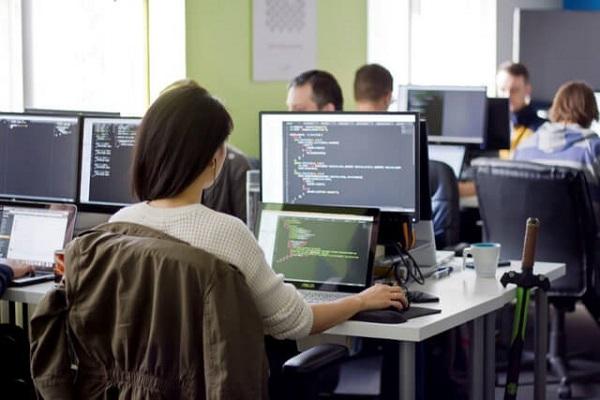 máy tính tốt cho lập trình viên